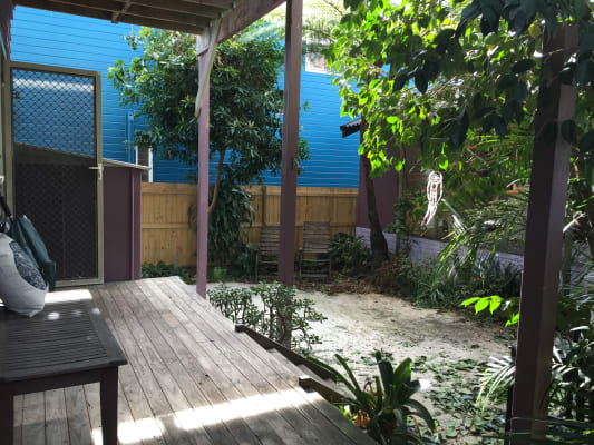 $300, Share-house, 2 bathrooms, Travers Road, Curl Curl NSW 2096