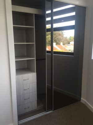 $350, Flatshare, 3 bathrooms, Old Canterbury Road, Lewisham NSW 2049