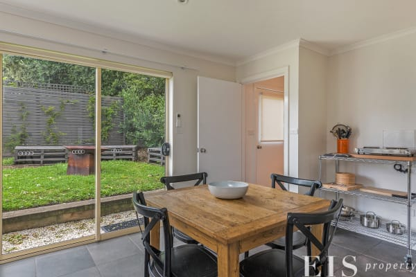 $430, 1-bed, 1 bathroom, Park Street, New Town TAS 7008