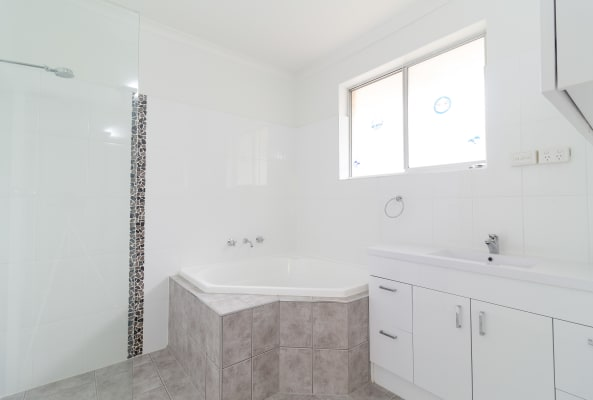 $140, Flatshare, 4 bathrooms, Fife Street, Klemzig SA 5087