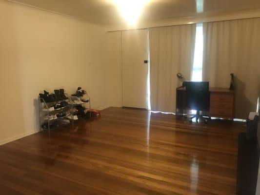 $180, Share-house, 3 bathrooms, Longbourne Avenue, Notting Hill VIC 3168