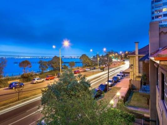 $200, Flatshare, 2 bathrooms, Marine Parade, Saint Kilda VIC 3182
