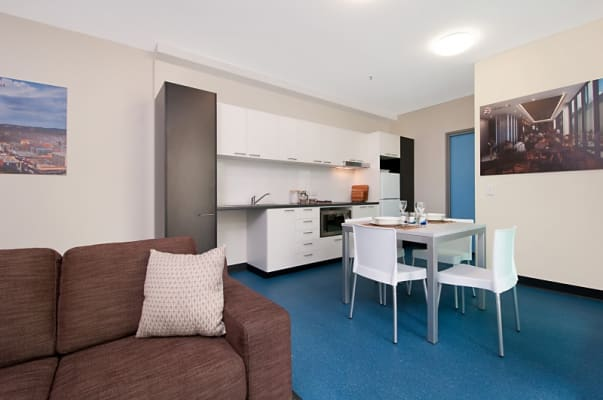$180, Flatshare, 2 bathrooms, Synagogue Place, Adelaide SA 5000