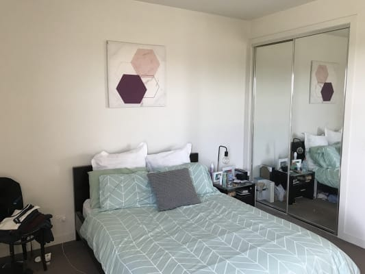 $235, Flatshare, 2 bathrooms, Mckinnon Rd, McKinnon VIC 3204