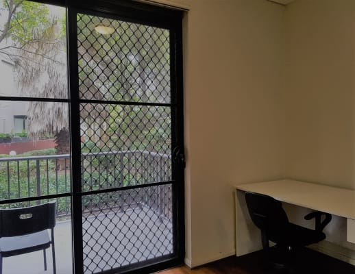 $340, Flatshare, 3 bathrooms, Knox Street, Chippendale NSW 2008