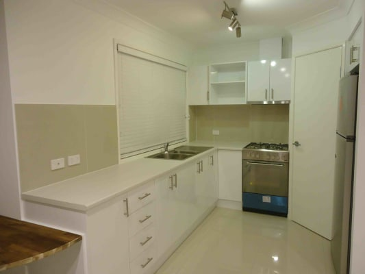 $380, Studio, 1 bathroom, Denton Street, Wishart QLD 4122