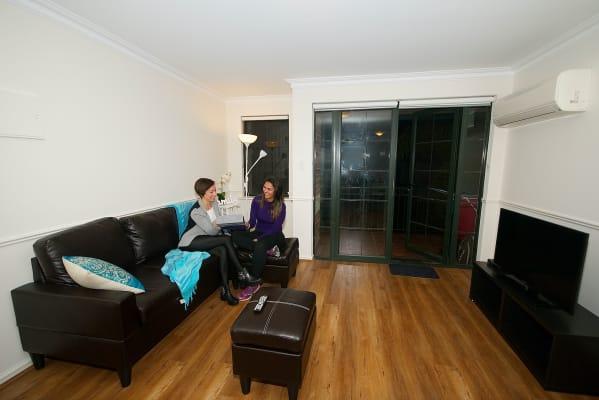 $140, Flatshare, 4 bathrooms, Wellington Street, East Perth WA 6004