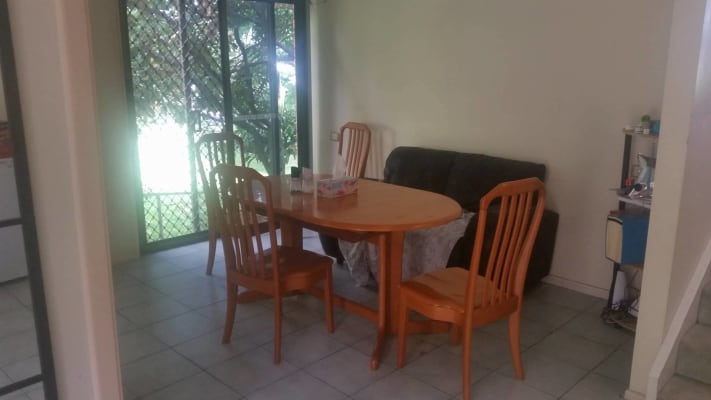 $120, Flatshare, 3 bathrooms, Old Cleveland Road, Camp Hill QLD 4152