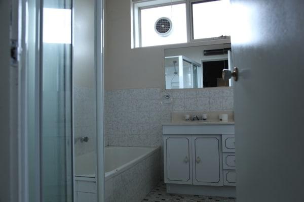 $125, Flatshare, 3 bathrooms, Auburn Grove, Hawthorn East VIC 3123