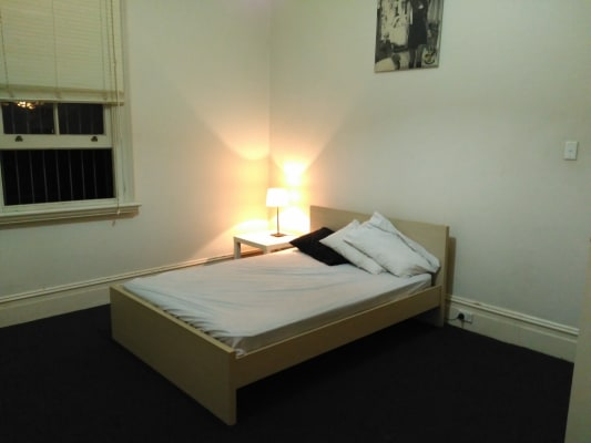 $260, Flatshare, 2 bathrooms, Glebe Point Road, Glebe NSW 2037