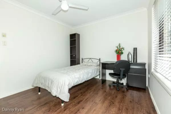 $175, Share-house, 3 bathrooms, Napper Road, Parkwood QLD 4214