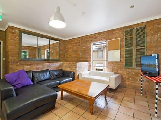 $240-250, Share-house, 2 rooms, Munro Street, Saint Lucia QLD 4067, Munro Street, Saint Lucia QLD 4067