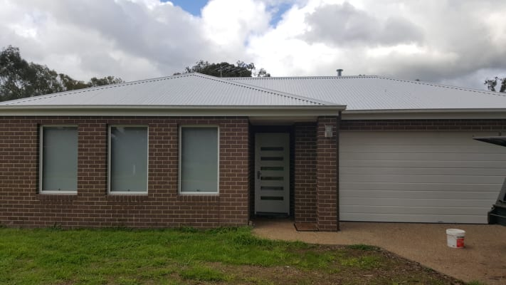 $180, Share-house, 3 bathrooms, Hotham Circuit, Thurgoona NSW 2640