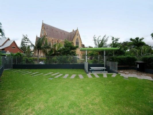 $525, Whole-property, 2 bathrooms, Cordelia Street, South Brisbane QLD 4101