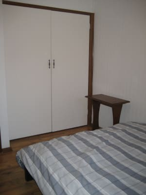 $140, Granny-flat, 2 bathrooms, Beach St, Frankston VIC 3199