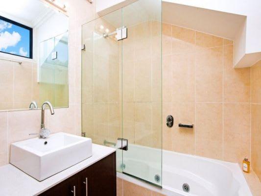 $350, Share-house, 3 bathrooms, Bridge Road, Glebe NSW 2037