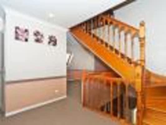 $200, Share-house, 3 bathrooms, Wellcamp Street, Newtown QLD 4305