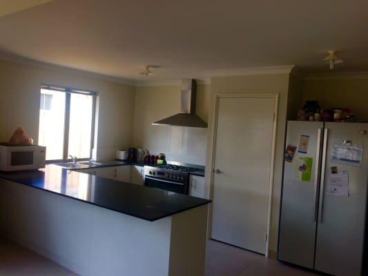 $210, Share-house, 4 bathrooms, Le Souef Street, Maddington WA 6109