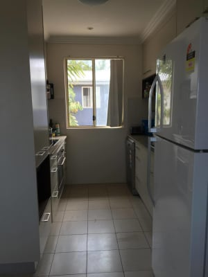 $150, Share-house, 3 bathrooms, Locke Street, Southport QLD 4215