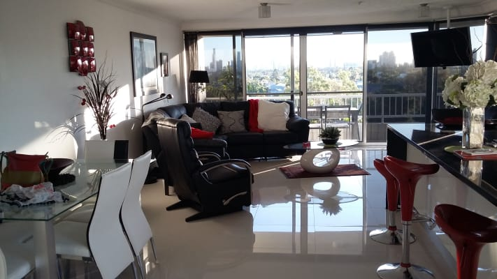 $280, Flatshare, 2 bathrooms, Hooker Boulevard, Mermaid Waters QLD 4218