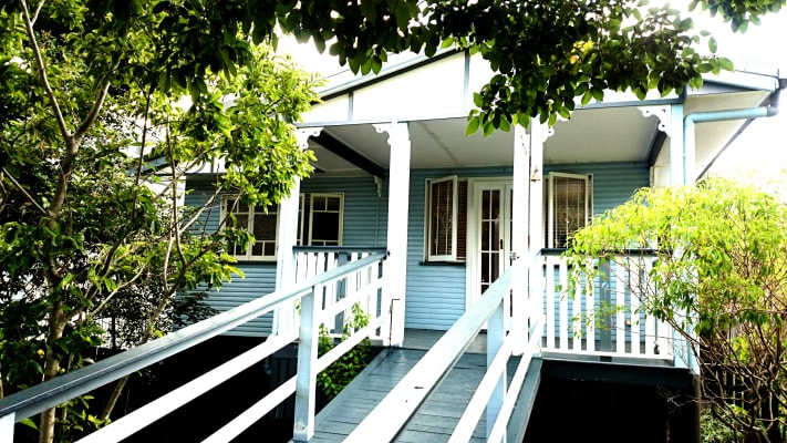 $240, Share-house, 4 bathrooms, Dickens Street, Norman Park QLD 4170