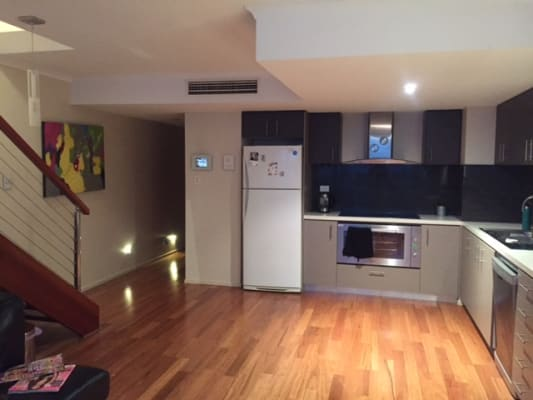 $300, Flatshare, 3 bathrooms, Arthur Street, Fortitude Valley QLD 4006