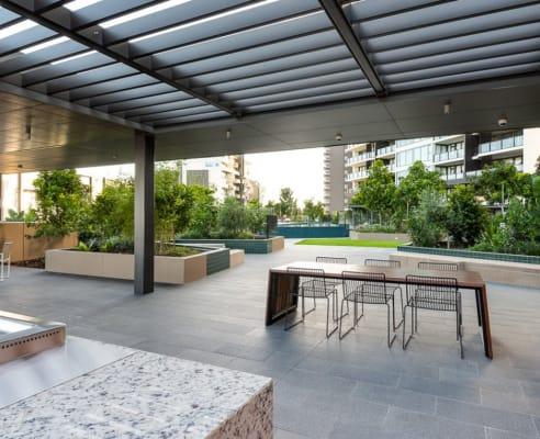 $350, Flatshare, 2 bathrooms, Skyring Terrace, Teneriffe QLD 4005