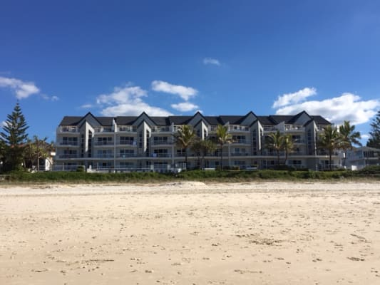 $200, Flatshare, 2 bathrooms, Seventeenth Avenue, Palm Beach QLD 4221