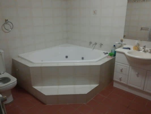 $330, Flatshare, 2 bathrooms, Beresford Road, Strathfield NSW 2135