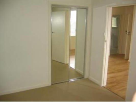 $180, Flatshare, 2 bathrooms, Essex Street, West Footscray VIC 3012