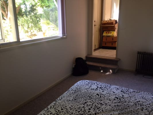 $280, Granny-flat, 1 bathroom, Carstensz Street, Griffith ACT 2603