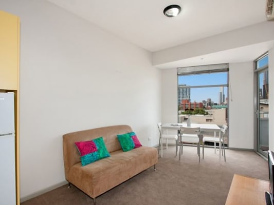 $265, Flatshare, 2 bathrooms, Swanston Street, Carlton VIC 3053