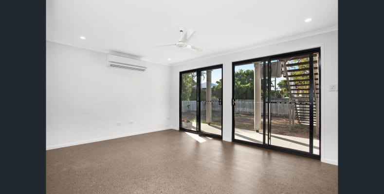 $300, Whole-property, 2 bathrooms, Norris Street, Hermit Park QLD 4812