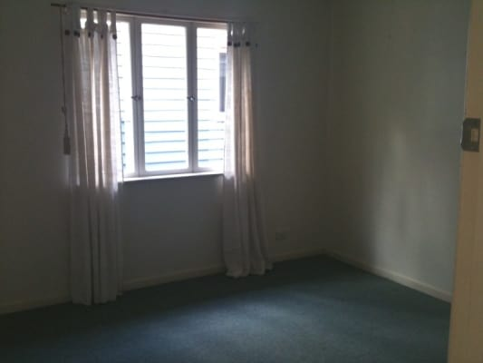$475, Whole-property, 3 bathrooms, Alma Street, Paddington QLD 4064