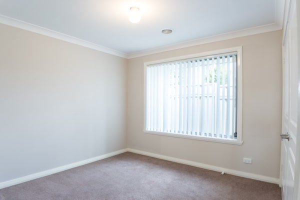 $180, Share-house, 3 bathrooms, Begonia Place, Orange NSW 2800