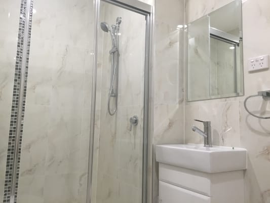$300, Studio, 1 bathroom, Myrtle Street, Prospect NSW 2148