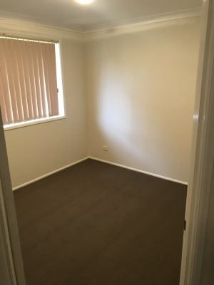 $150, Share-house, 4 bathrooms, Timbara Crescent, Blue Haven NSW 2262