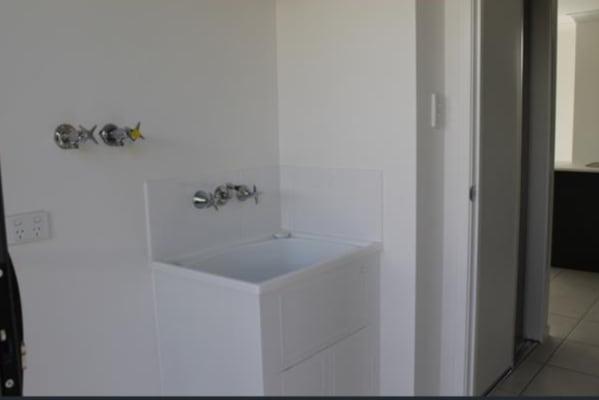 $130, Share-house, 4 bathrooms, Makybe Diva Drive, Ooralea QLD 4740