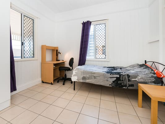 $175-180, Student-accommodation, 2 rooms, Qualtrough Street, Woolloongabba QLD 4102, Qualtrough Street, Woolloongabba QLD 4102