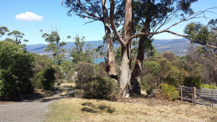 $90, Share-house, 3 bathrooms, Tinderbox Road, Blackmans Bay TAS 7052