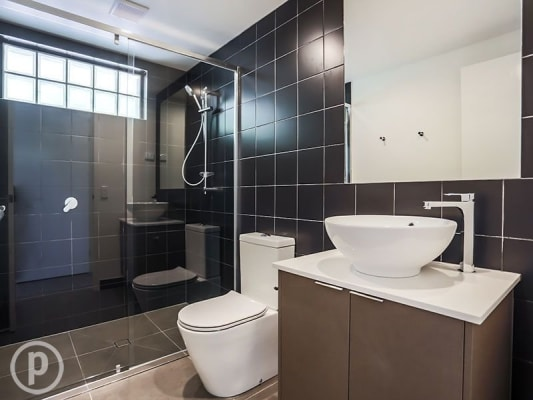 $180, Flatshare, 3 bathrooms, Hawthorne Road, Bulimba QLD 4171