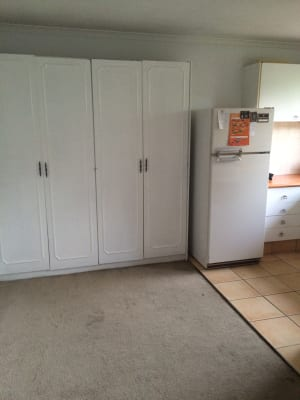 $200, Flatshare, 2 bathrooms, Genoa Street, Surfers Paradise QLD 4217