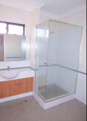 $480, Whole-property, 2 bathrooms, Oxford Street, Leederville WA 6007