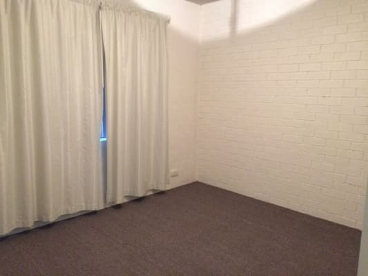 $350, Whole-property, 2 bathrooms, Wilkins Street, Mawson ACT 2607