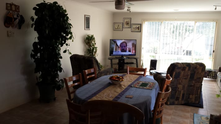 $180, Share-house, 3 bathrooms, Chisholm Crescent, Narre Warren South VIC 3805
