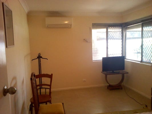 $150, Share-house, 3 bathrooms, Railway Avenue, Armadale WA 6112