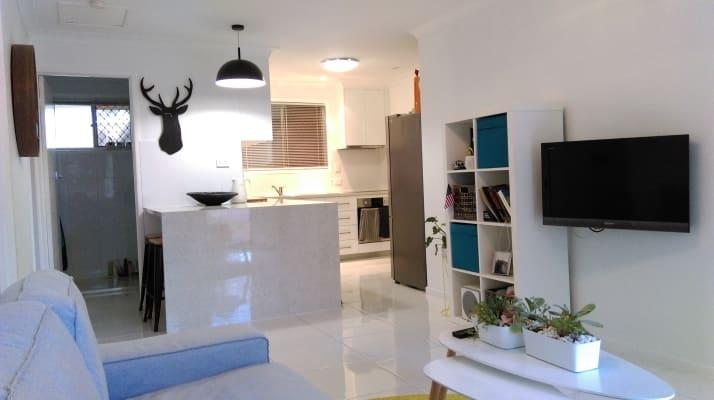 $220, Whole-property, 2 bathrooms, Gordon Avenue, Newtown QLD 4350