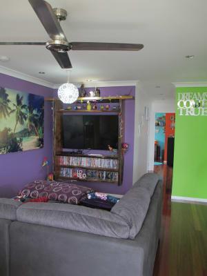 $150, Share-house, 4 bathrooms, Mayers Street, Manunda QLD 4870