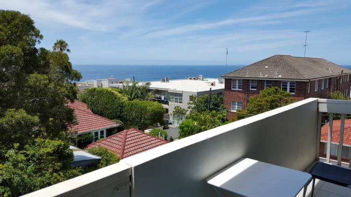 $330, Flatshare, 3 bathrooms, Glen Street, Bondi NSW 2026