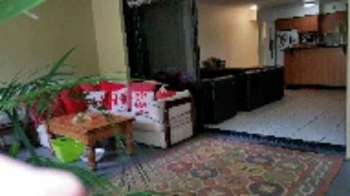 $300, Flatshare, 2 bathrooms, Montague Road, West End QLD 4101